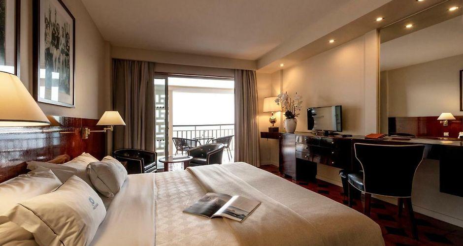 casino beach hotel portugal